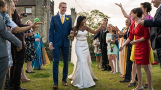 fun and laughter for the confetti at a fabulous Foxholes Farm wedding
